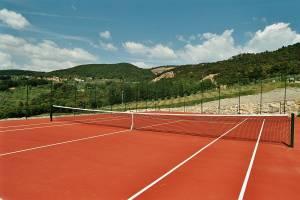Tennis court near Casale del Madonnino